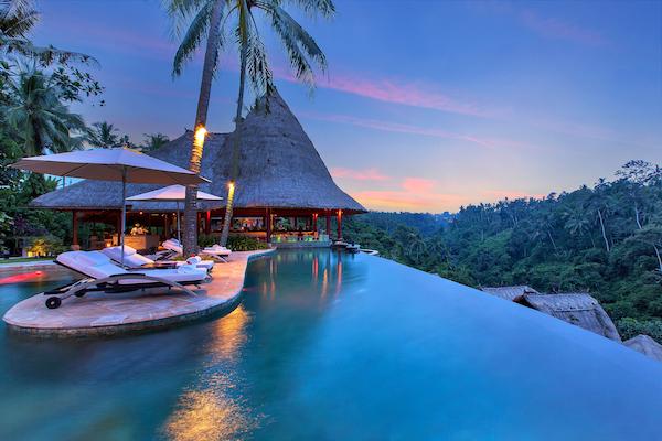 main_pool_evening2-1