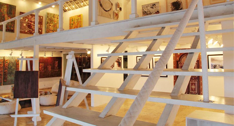 intro-naka-contemporary-art-seminyak-2